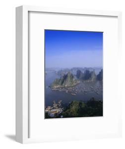 Ha Long (Ha-Long) Bay, Unesco World Heritage Site, Hong Gai, Vietnam by Charles Bowman