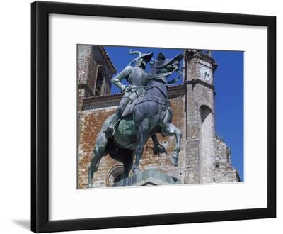Spain, Trujillo, Plaza Mayor, Equestrian Statue of Francisco Pizarro