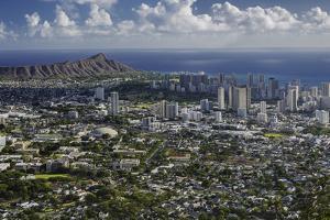 Honolulu, Hawaii, USA by Charles Crust