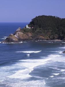 Haceta Head Lighthouse, Pacific Coast, Oregon, USA by Charles Gurche