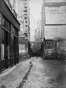 Paris, 1860-1870 - Rue Tirechappe by Charles Marville