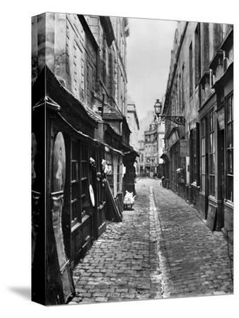 Passage De La Petite Boucherie (From Rue Gozlin)