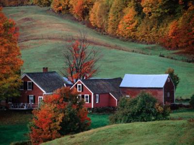 Jenne Farm in the Fall, near Woodstock, Vermont, USA