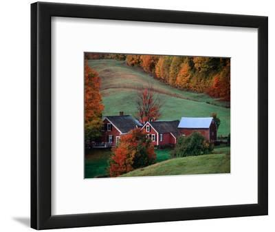 Jenne Farm in the Fall, near Woodstock, Vermont, USA