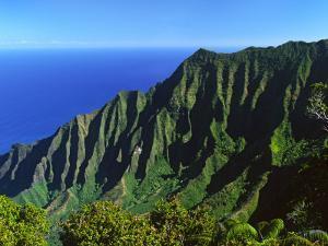 Na Pali Coast, Kauai, Hawaii, USA by Charles Sleicher