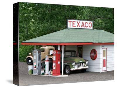 Replica of Old Texaco Station near St. John, Washington, USA
