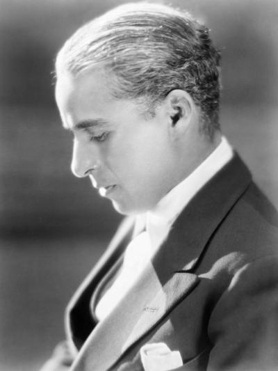 Charles Spencer Chaplin (1889-1977)--Giclee Print