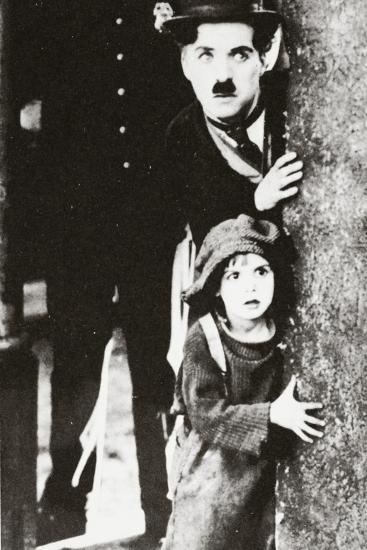 Charlie Chaplin and Jackie Coogan in 'The Kid', 1920--Photographic Print