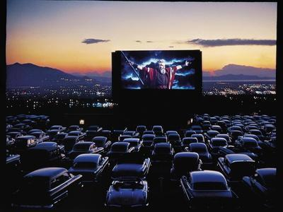 https://imgc.artprintimages.com/img/print/charlton-heston-as-moses-in-motion-picture-the-ten-commandments-shown-at-drive-in-movie-theater_u-l-p43gfd0.jpg?p=0