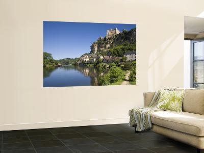 Chateau at Beynac-Et-Cazenac and Dordogne River, Beynac, Dordogne, France-Doug Pearson-Giant Art Print