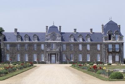 Chateau De Caradeuc's South Facade, Near Plouasne, Brittany, France, 18th-19th Century--Giclee Print
