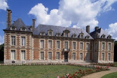 Chateau De Fayel Facade and French Garden, 1650-1655-Jacques Bruant-Giclee Print