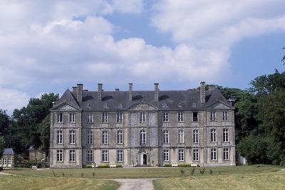 Chateau De Loyat's Facade, 1718-1734--Giclee Print