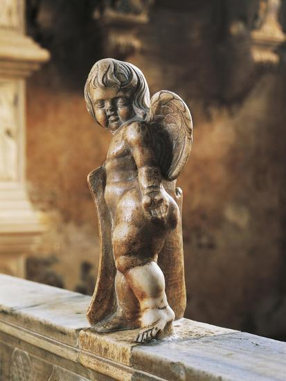 Cherub Coat-Of-Arms Holder-Agostino Di Duccio-Giclee Print