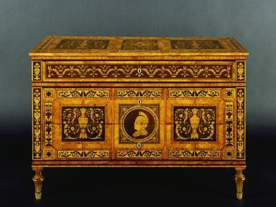 https://imgc.artprintimages.com/img/print/chest-of-drawers-in-walnut-boxwood-rosewood-and-tulipwood_u-l-ppzwc60.jpg?p=0