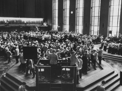 Chicago Board of Trade, as Proposed Wheat Sale to Russia Sends Prices Soaring-Robert W^ Kelley-Photographic Print