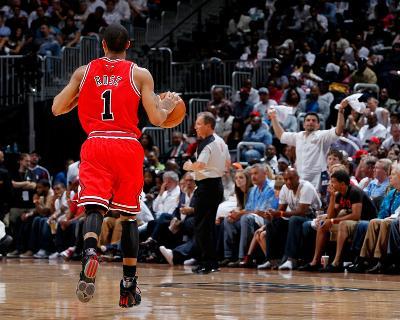 Chicago Bulls v Atlanta Hawks - Game Three, Atlanta, GA - MAY 6: Derrick Rose-Kevin Cox-Photo