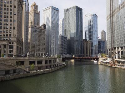https://imgc.artprintimages.com/img/print/chicago-river-and-wacker-drive-chicago-illinois-united-states-of-america-north-america_u-l-pxuh850.jpg?p=0