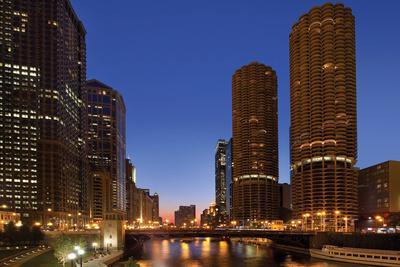 Chicago River Dusk I-Larry Malvin-Photographic Print