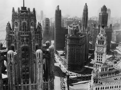 Chicago Skyscrapers in the Early 20th Century-Bettmann-Premium Photographic Print