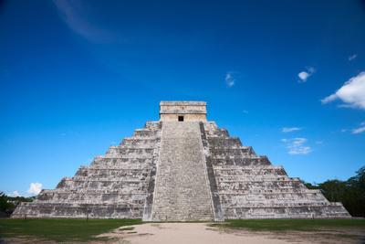 https://imgc.artprintimages.com/img/print/chichen-itza-mexico-one-of-the-new-seven-wonders-of-the-world_u-l-q103xio0.jpg?p=0