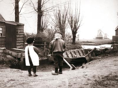 Children, Laandam, Netherlands, 1898-James Batkin-Photographic Print