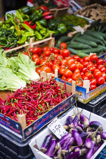 Chillies and Tomatoes for Sale at Capo Market-Matthew Williams-Ellis-Photographic Print