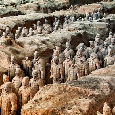 https://imgc.artprintimages.com/img/print/china-10mkm2-collection-army-of-terracotta-warriors-shaanxi-province_u-l-q119t660.jpg?p=0