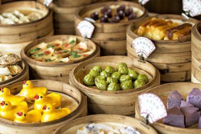 https://imgc.artprintimages.com/img/print/china-10mkm2-collection-chinese-food_u-l-q119ynz0.jpg?p=0