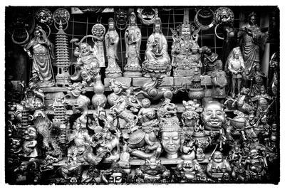 https://imgc.artprintimages.com/img/print/china-10mkm2-collection-market-buddhas_u-l-pz7ei20.jpg?p=0