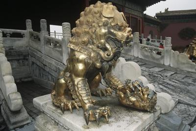 https://imgc.artprintimages.com/img/print/china-beijing-forbidden-city-gu-gong-gilded-bronze-lion-sculpture-at-gate-of-celestial-purity_u-l-pp1rhb0.jpg?p=0