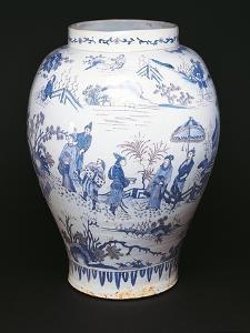 Chinoiserie Decorated Vase, 1720-1725, Maiolica Enamel, Delft Manufacture, Netherlands