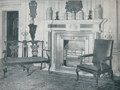 https://imgc.artprintimages.com/img/print/chippendale-settee-and-chair-1910_u-l-q1ekyxh0.jpg?p=0