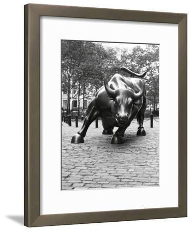 Wall Street Bull Sculpture