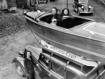 Chris-Craft Girls with Two Classics--Photographic Print