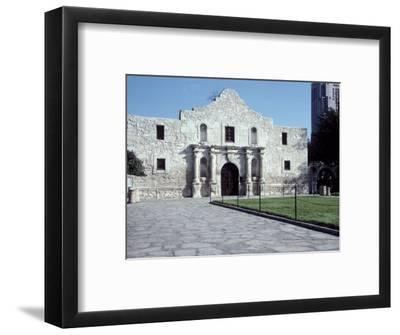 Main Entrance of the Alamo, San Antonio, TX