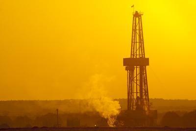 Europe, Germany, Lower Saxony, Deep Drilling Plant, Sunrise