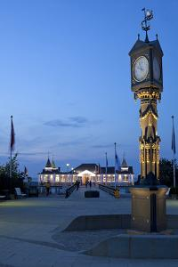 Germany, Western Pomerania, Island Usedom, Seaside Resort Ahlbeck, Pier, Column Clock, Evening by Chris Seba