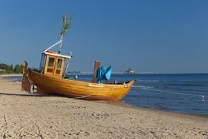 Germany, Western Pomerania, Island Usedom, Seaside Resort Ahlbeck, Pier Heringsdorf by Chris Seba