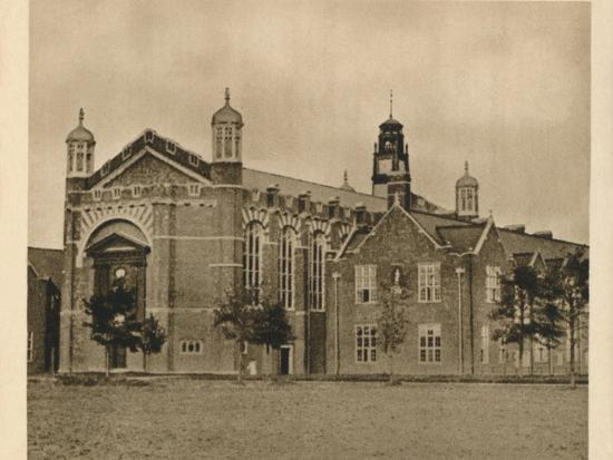 'Christ's Hospital', 1923-Unknown-Photographic Print