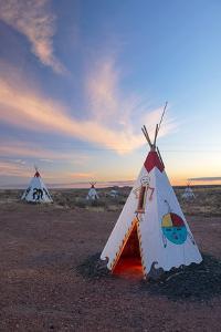 USA, Arizona, Route 66, Kitsch tipi village by Christian Heeb