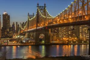 USA, New York, Long Island City, Queens, Queensboro Bridge by Christian Heeb