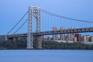 USA, New York, Manhattan, George Washington Bridge & the Hudson river by Christian Heeb