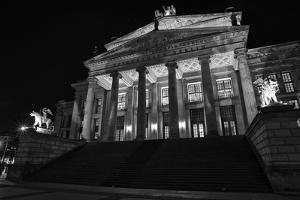 Theatre, 'Gendarmenmarkt', Berlin, middle, night photography by Christian Hikade