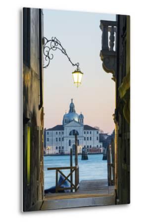 Europe, Italy, Veneto, Venice, San Giorgio Maggiore Church across Basino Di San
