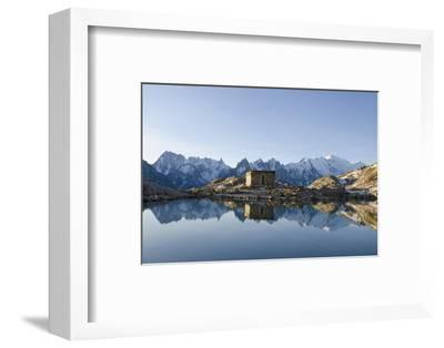 Lac Blanc, Mont Blanc and Aiguilles De Chamonix, Chamonix, Haute-Savoie, French Alps