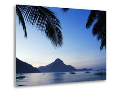 Palawan Province, El Nido, Bacuit Bay, Cadlao Island in the Evening Light, Philippines