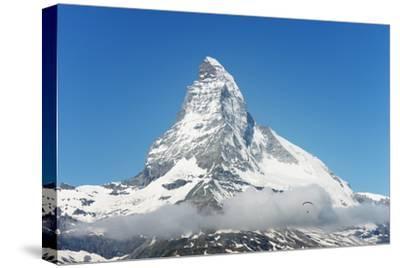Paraglider Flying Near the Matterhorn, 4478M, Zermatt, Valais, Swiss Alps, Switzerland, Europe