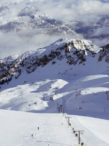 Powder Skiing at Whistler Mountain Resort by Christian Kober