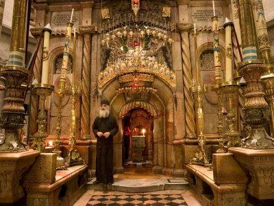 Priest at Tomb of Jesus Christ, Church of Holy Sepulchre, Old Walled City, Jerusalem, Israel